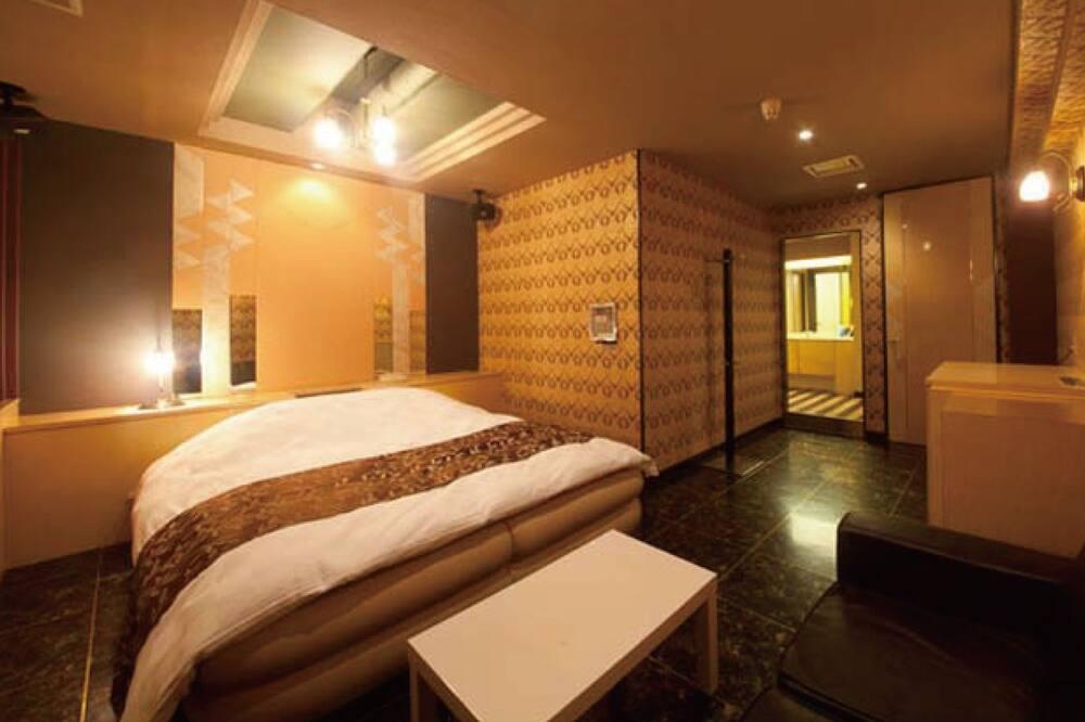 Standardní pokoj s dvojlůžkem, kuřácký (Love Hotel) - Pokoj