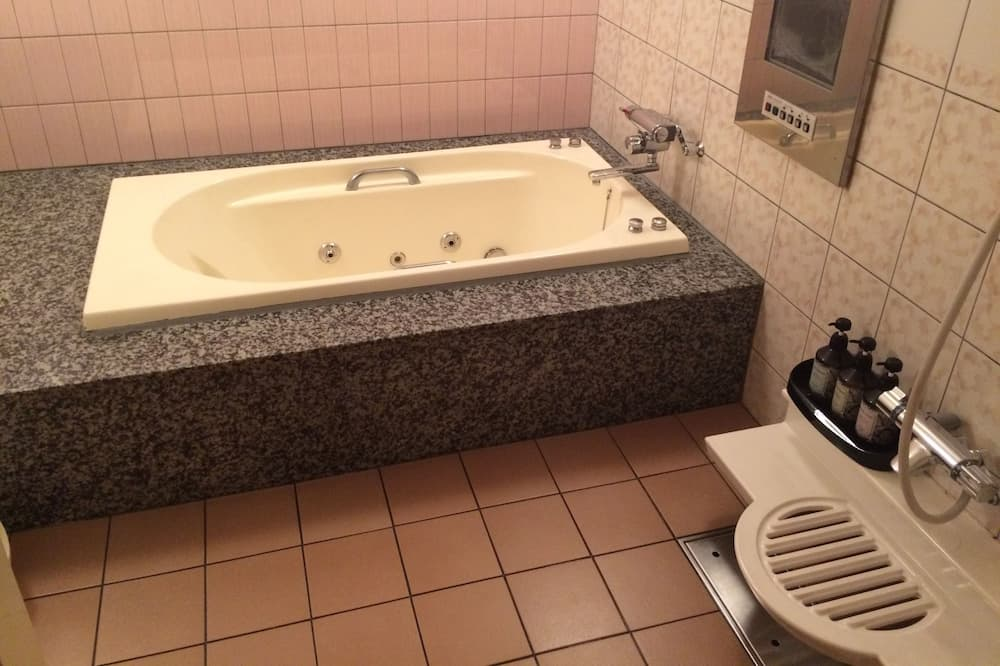 Standardní pokoj s dvojlůžkem, kuřácký (Love Hotel) - Koupelna