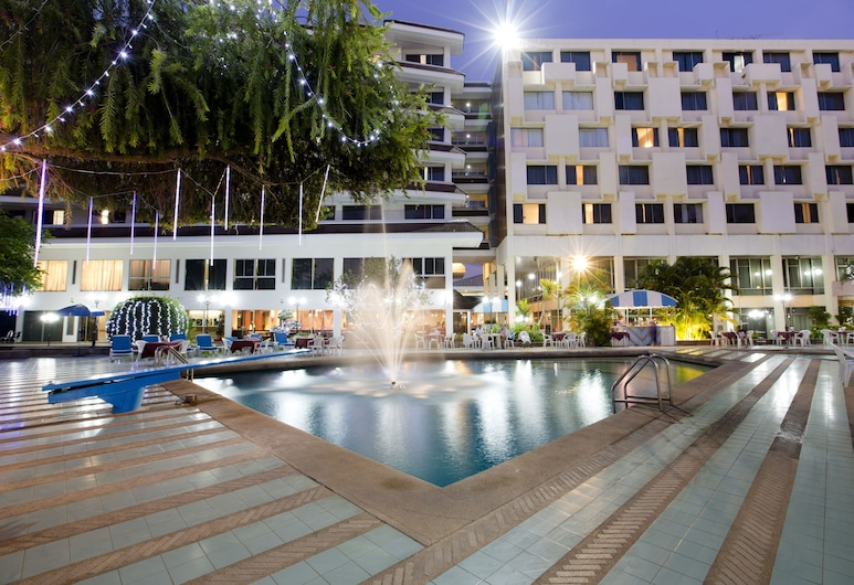 Charoen Hotel, Udon Thani, Outdoor Pool