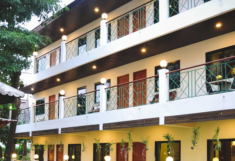 Charlie House Pinklao, Μπανγκόκ