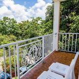 ALLAMANDA - Balcony View
