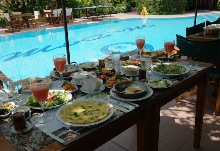 Mr. Dim Exclusive Apart Hotel, Fethiye, Outdoor Dining