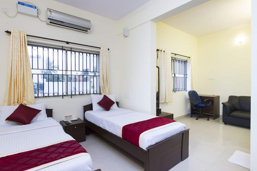 Standard Double or Twin Room, 1 Double Bed, Private Bathroom - Guest Room