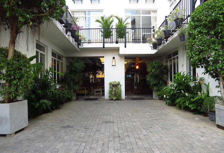 Chapelton House, Colombo, Fasada hotelu