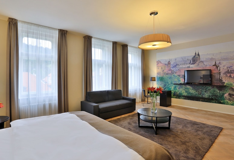 James Hotel & Apartments, Prag