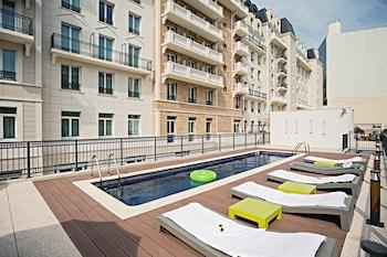 Paryż — zdjęcie hotelu The Student Hotel Paris La Défense