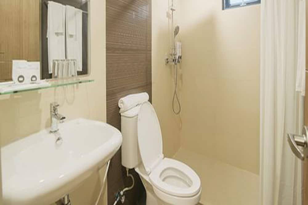 Standartinio tipo kambarys (Super) - Vonios kambarys