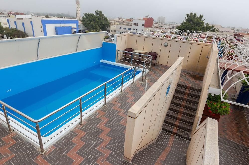 Jumta baseins