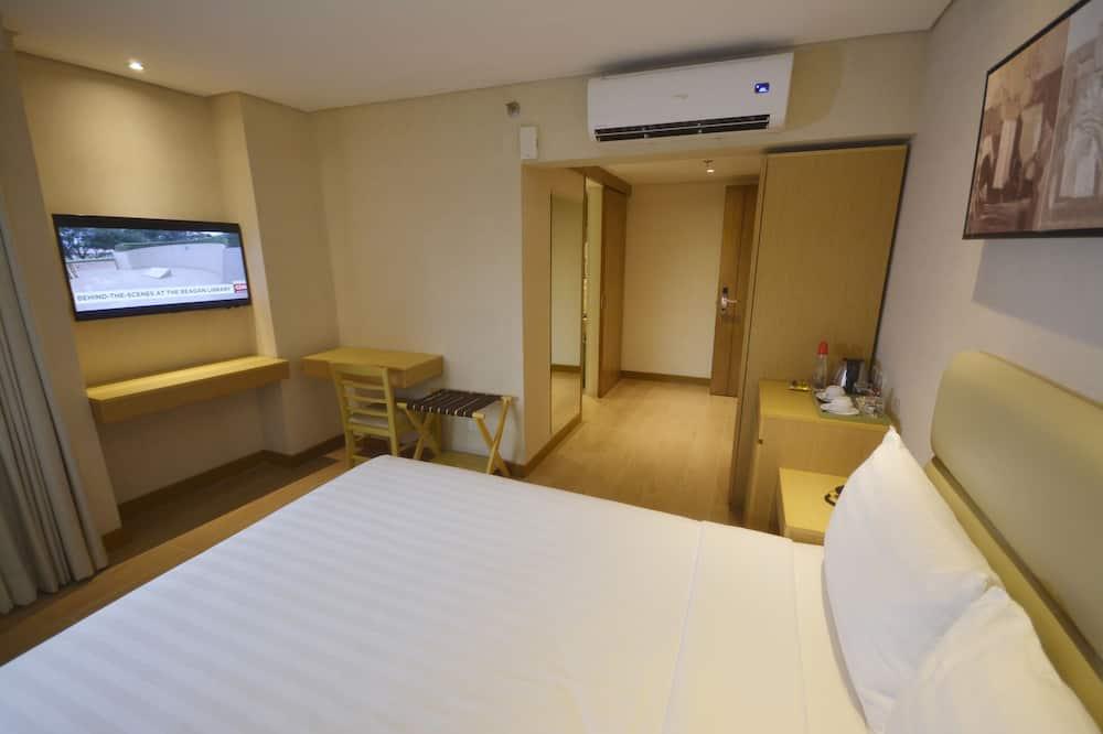 Business Room, 1 Queen Bed - Guest Room
