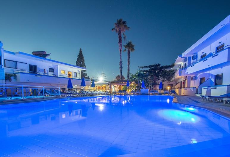 Yiannis Yard Studios & Apartments, Κως, Εξωτερική πισίνα