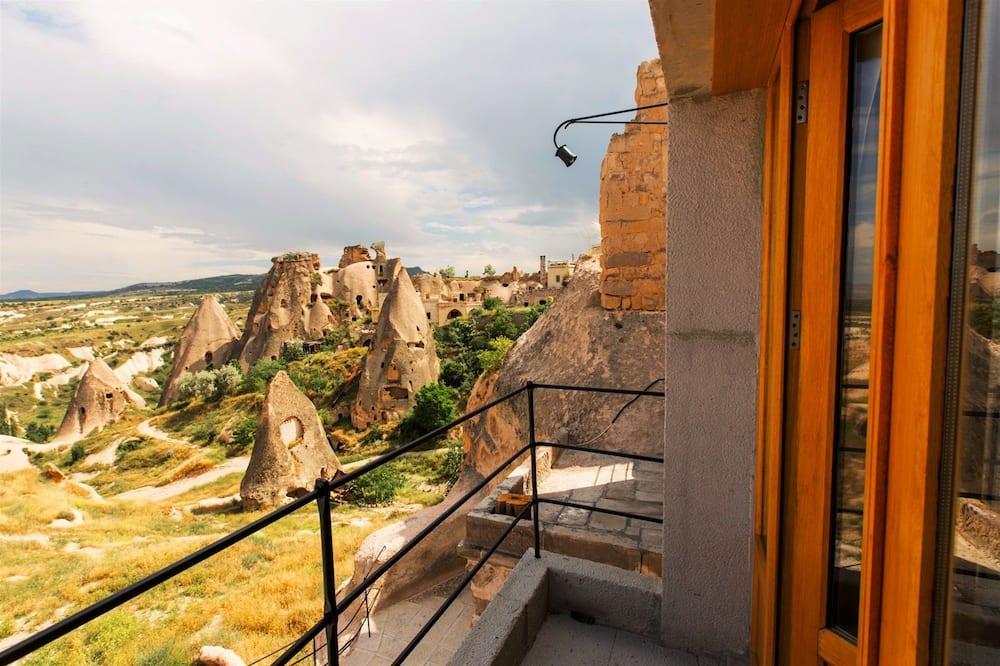 Deluxe Suite - Balcony