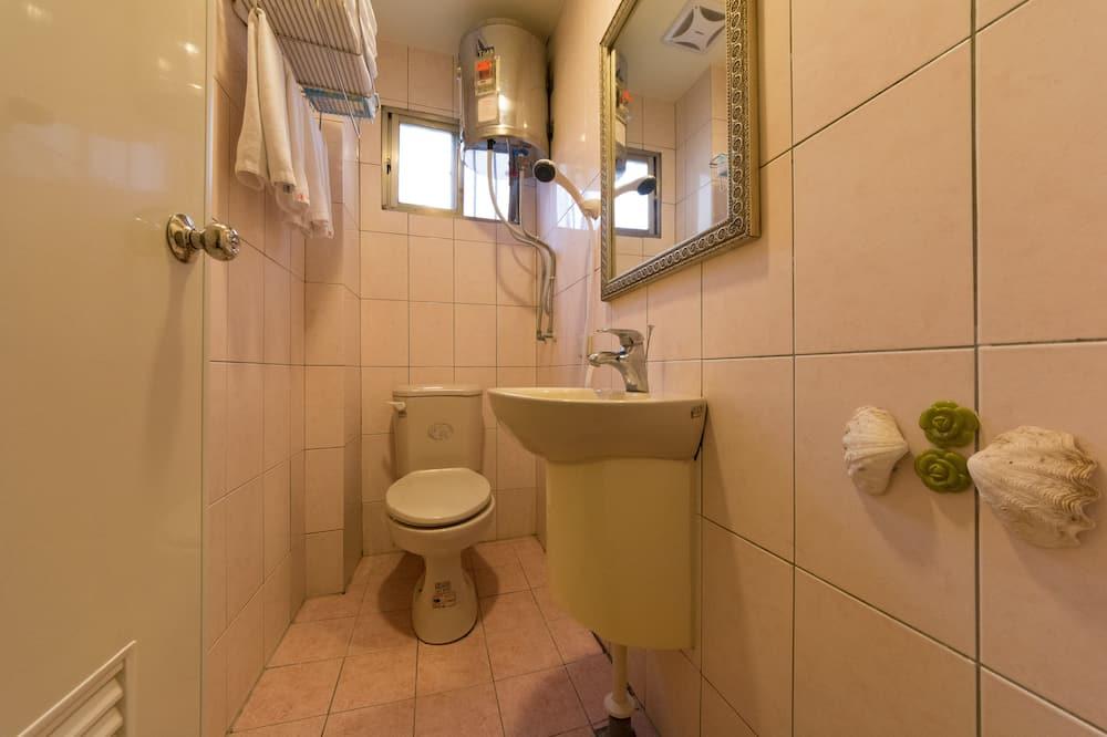 Стандартный одноместный номер, 1 двуспальная кровать - Ванная комната