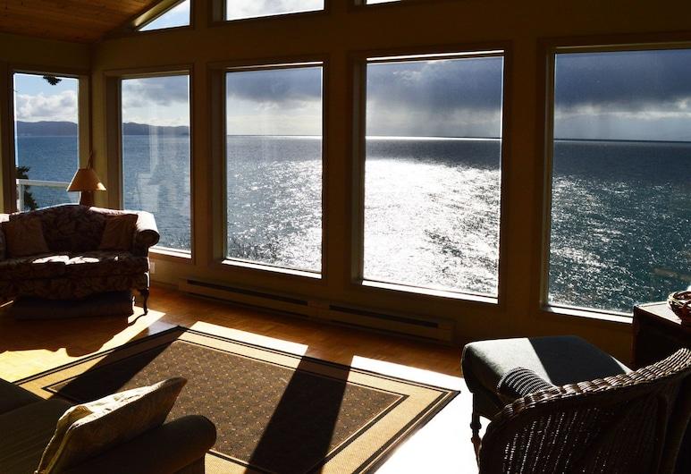 T'Sou-ke bye by BC Island Vacation Homes, Sooke, Stofa