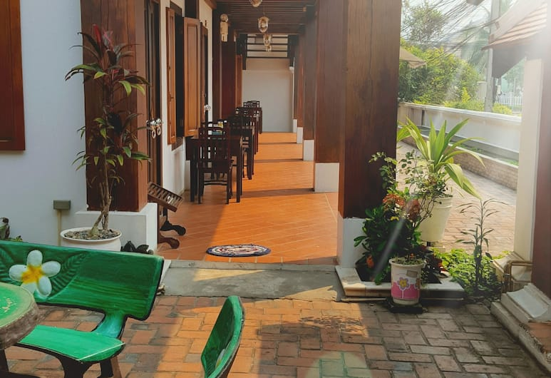Wooden Charming Boutique Hotel, Luang Prabang