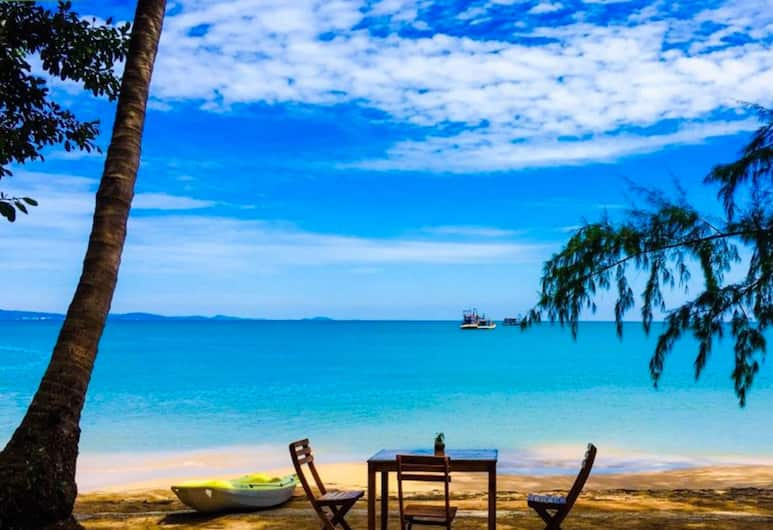 Bamboo Cottages, Phu Quoc, Beach