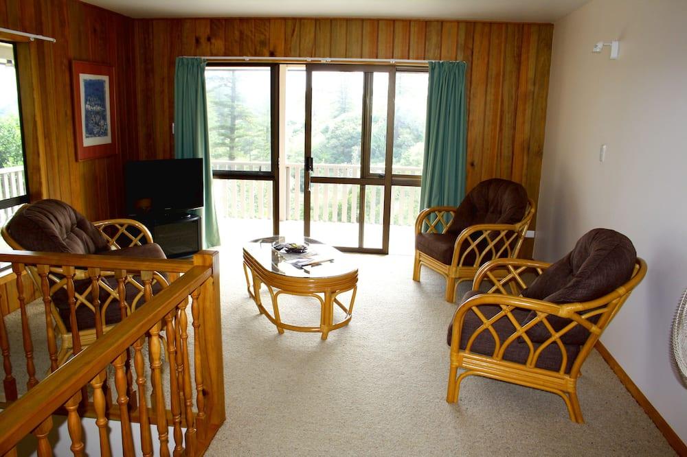 Maison Familiale, 5 chambres, chambres communicantes, rez-de-chaussée - Coin séjour
