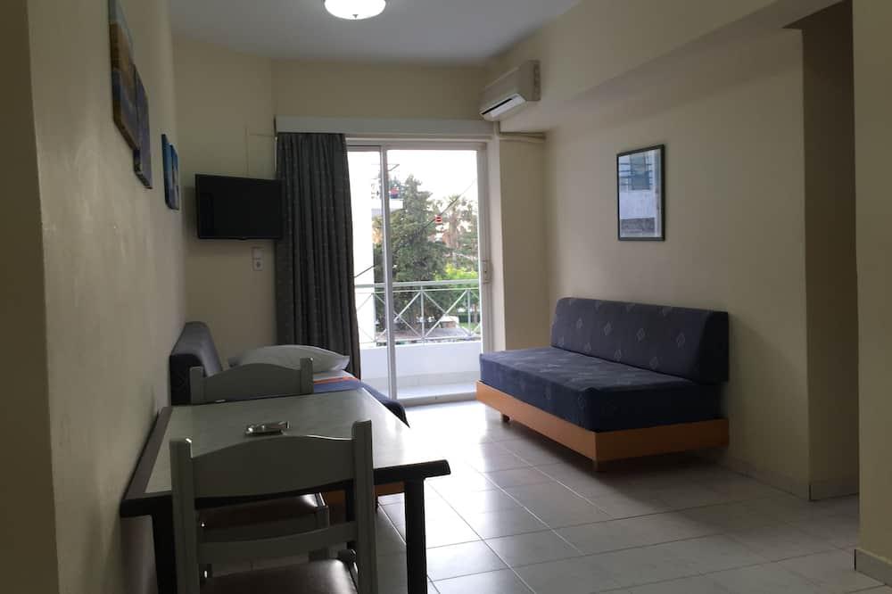 Apartment, 1 Bedroom, Partial Sea View - Living Area
