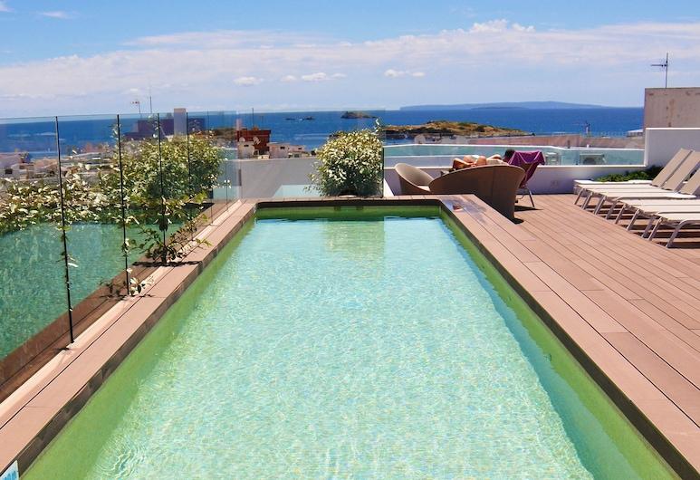 B-Llobet, Ibiza Town, Tetőteraszi medence