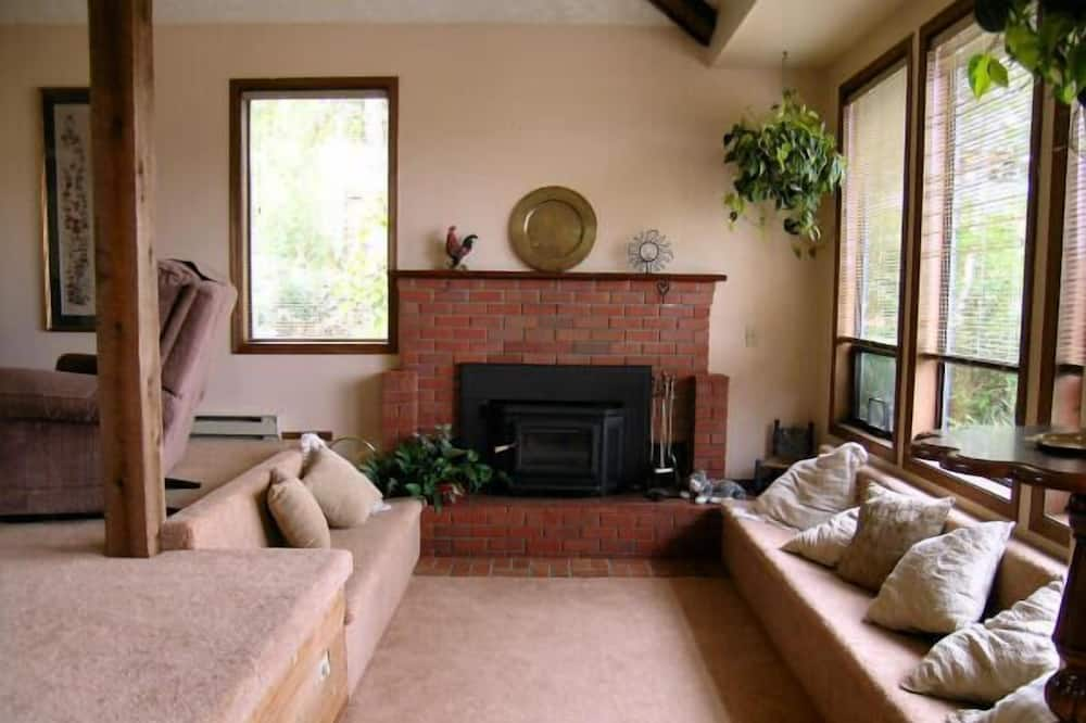Andover Cottage - Вітальня