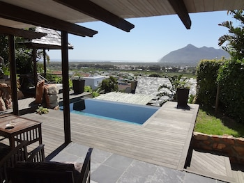 Picture of African Violet Guest Suites in Cape Town