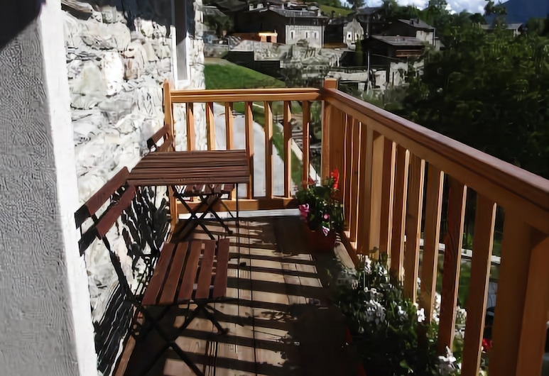 Maison Perriere, Saint-Vincent, Double or Twin Room, Balcony