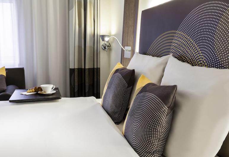 阿姆斯特丹史基浦機場諾富特酒店, 胡夫多普, 家庭客房, 1 張標準雙人床及 1 張梳化床, 客房