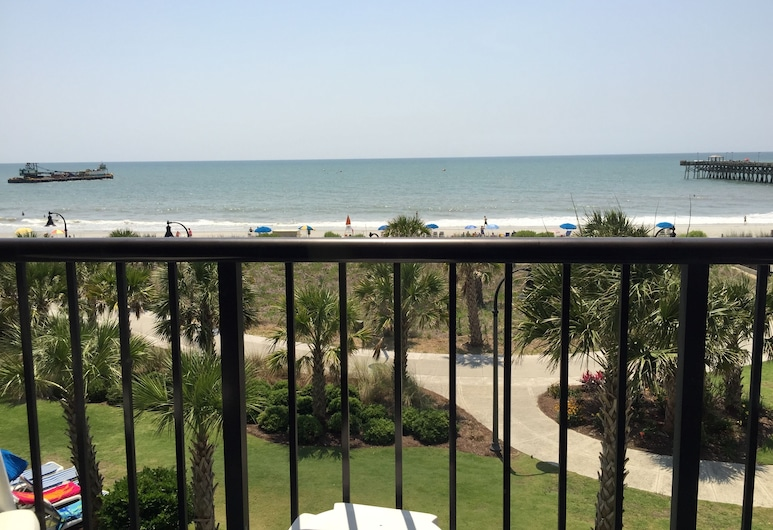 Windsurfer Hotel, Myrtle Beach, Oceanfront Guest Room with Two Queen Beds, Balcony and Kitchen, Balcony