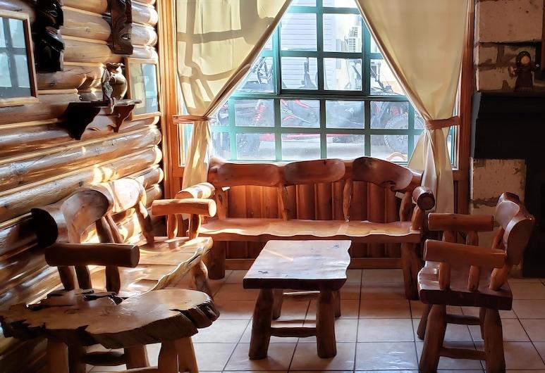 Hotel Taramuri, Bocoyna, Family Cabin, 2 Bedrooms, Living Room