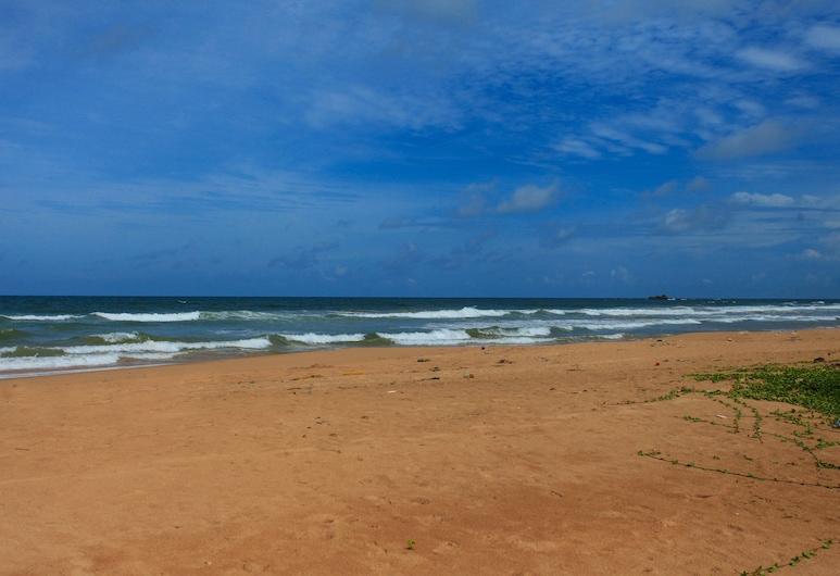 Club Villa, Бентота, Пляж