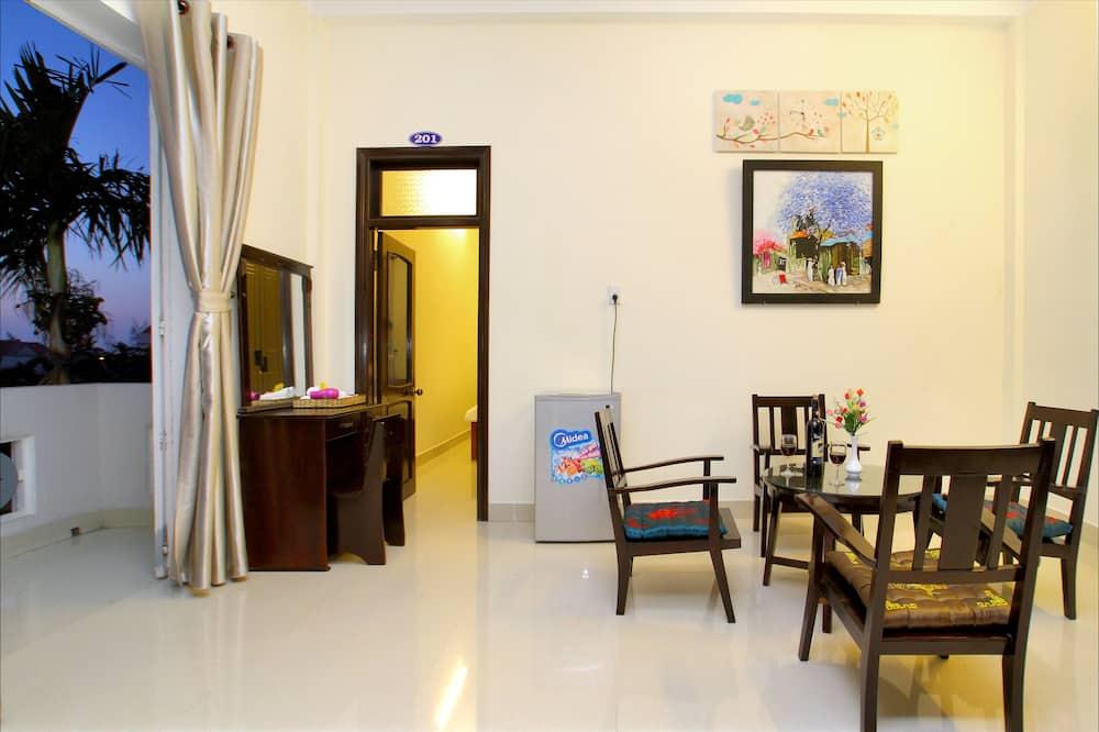 Family Room, Balcony - In-Room Dining