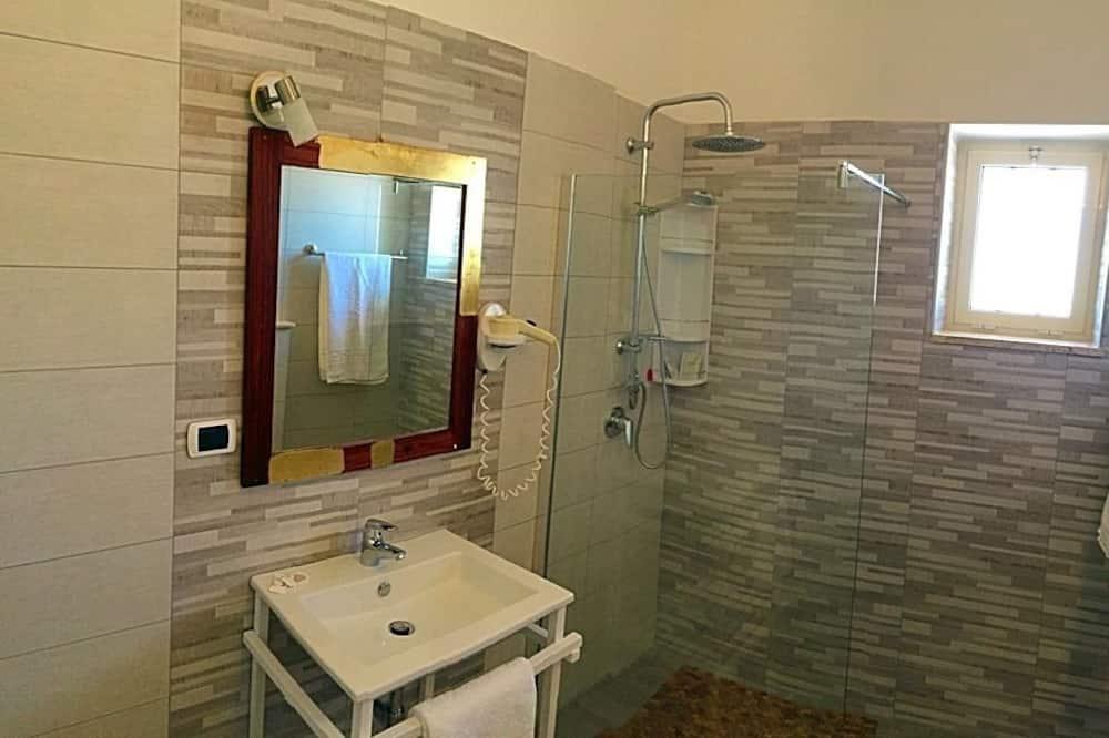 Quadruple Room, Sea View - Bathroom