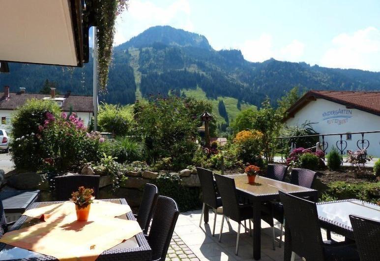 Hotel Restaurant Amadeus, Bad Hindelang, Outdoor Dining