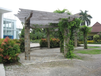 Picture of Chateau By The Sea in Lapu-Lapu