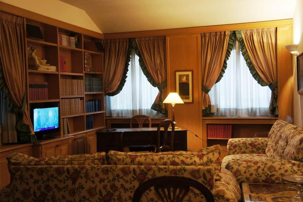 Апартаменти із покращеним обслуговуванням (Michelangelo) - Номер