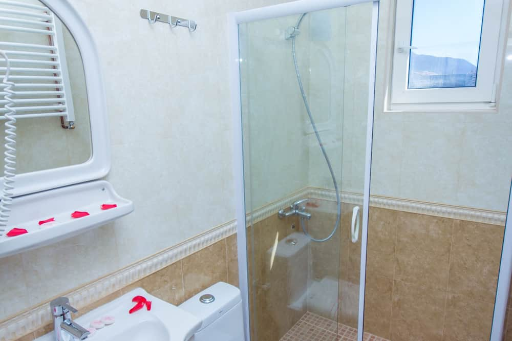 Double Room, Terrace - Bilik mandi