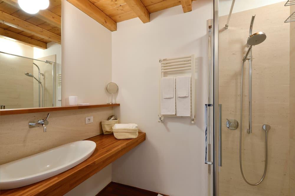 Apartment, 1 Bedroom, Kitchen (Address: Via Corsico 9) - Bathroom