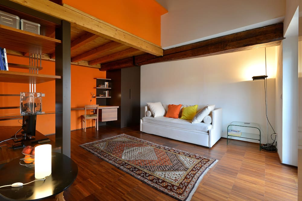 Apartment, 1 Bedroom, Kitchen (Address: Via Corsico 9) - Living Area