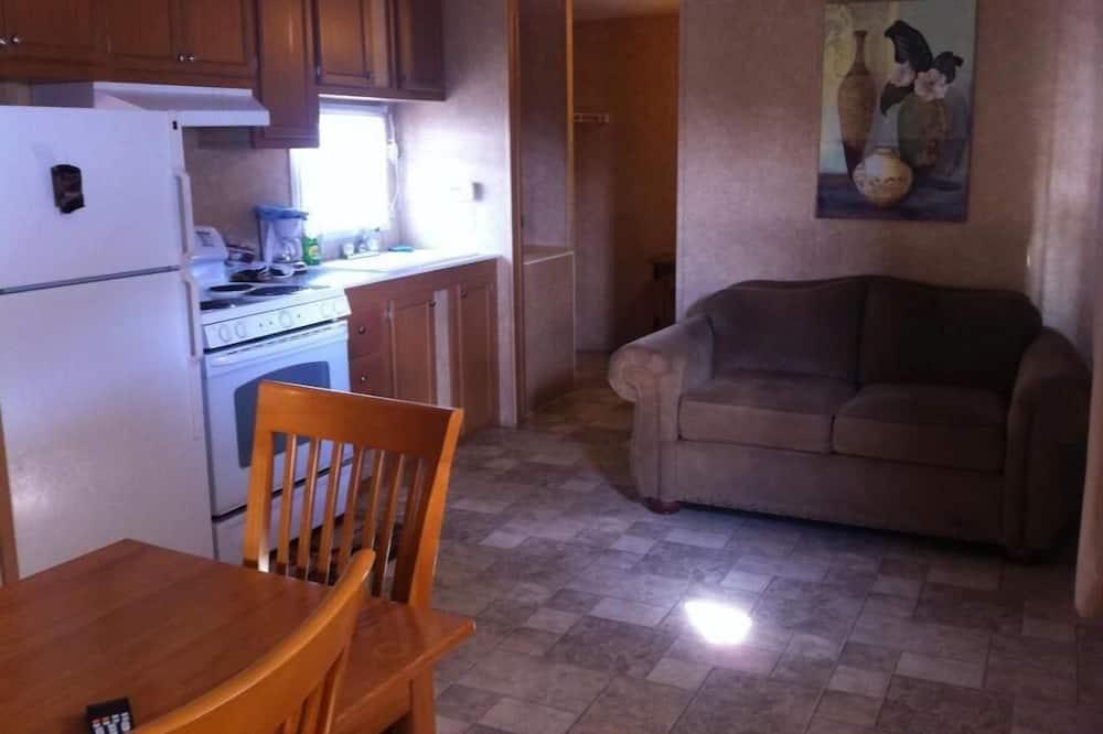 Junior Cabin, 2 Bedrooms - Living Area