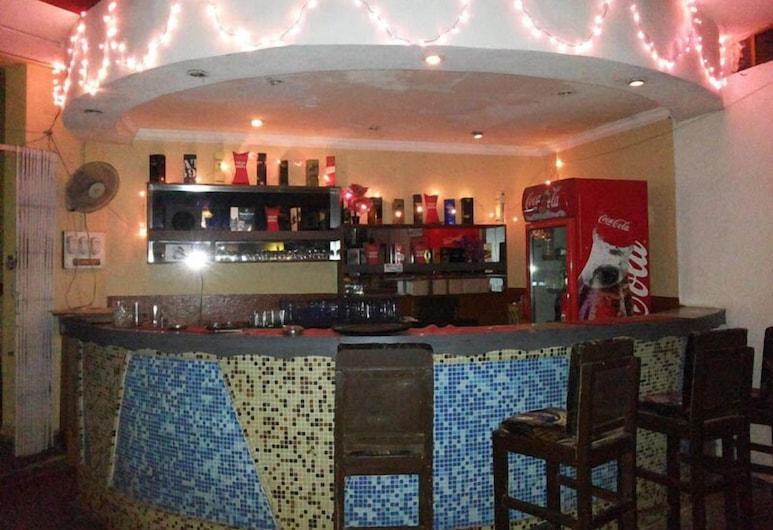 The Sincro Hotel, Margao, Hotelbar