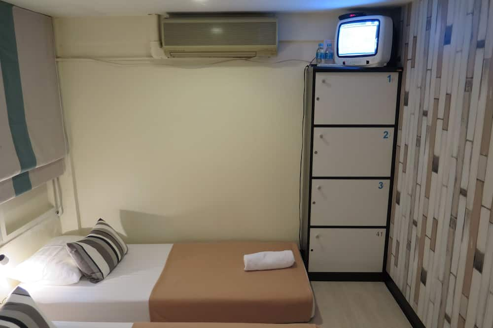 Twin Bed Private with Shared Bathroom - バスルーム