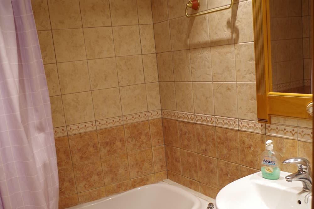 Standard-Apartment, 2Schlafzimmer (Castro) - Badezimmer
