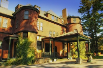Picture of The Brewster Inn in Cazenovia