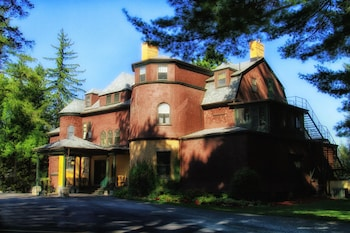 Picture of The Brewster Inn in Cazenovia