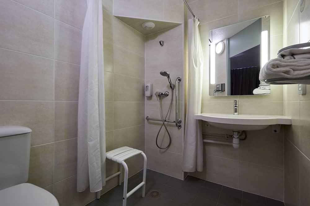 Double Room, Accessible, Non Smoking - Bathroom