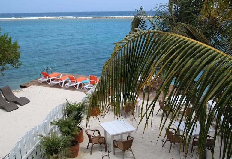 Coral Reef Beach Aruba, Savaneta, Studio Apartment, Sea View from in and outside the room, Top Floor, next to restaurant, Zimmer