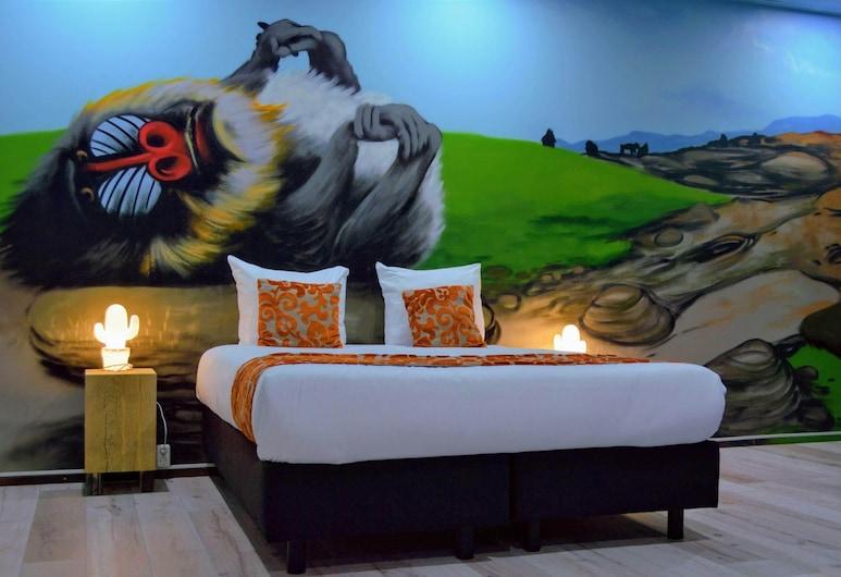 Amsterdam Teleport Hotel, Amsterdam, Exclusive-Suite, 1King-Bett, Flussblick (Monkey Theme), Zimmer