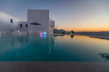 Picture of Olea Bay Hotel in Milos