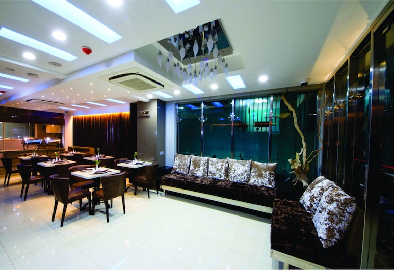 Somerset Inn, Malé, Lobby