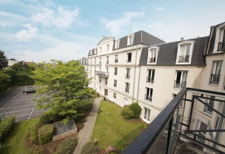 Hôtel Baudouin, Valenciennes, Teras/Veranda