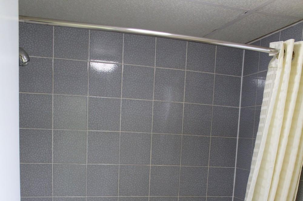 Room, 2 Queen Beds - Bathroom
